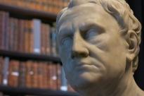 Buste de philosophe antique, oeuvre du XVIIIe siècle, bibliothèque du Trinity College, Dublin, 13 novembre 2014, 14:14